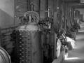 Hydraulic fluid tank