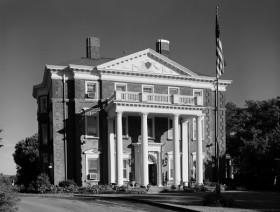 Barnes Mansion exterior